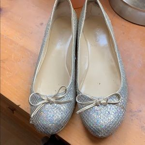 cute sparkly flats!